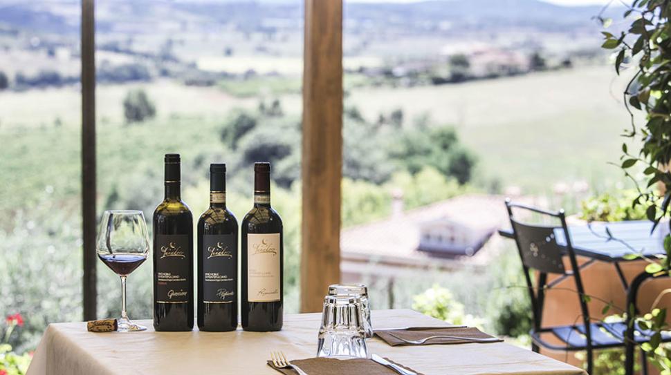 Lunadoro-Vino-Nobile-di-Montepulciano