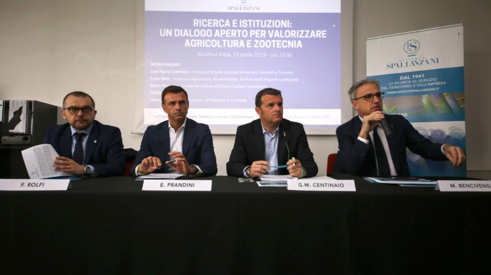 Visita del Ministro Centinaio all'istituto Spallanzani di Rivolta d'Adda 29 aprile 2019 Rivolta d'Adda(Cr).ph Alessio Guitti