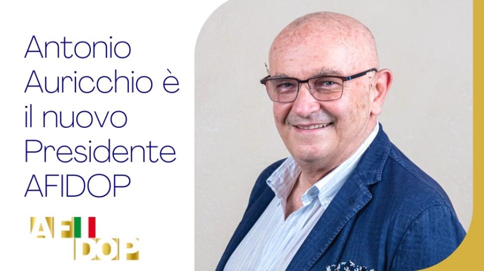 Antonio-Auricchio-e-il-nuovo-Presidente-AFIDOP